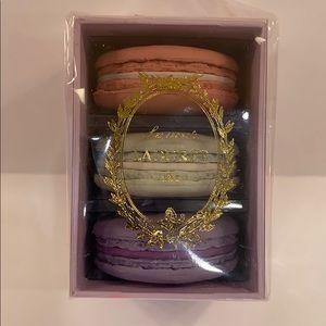 Laudure'e New Macaroon Erasers Gift Set